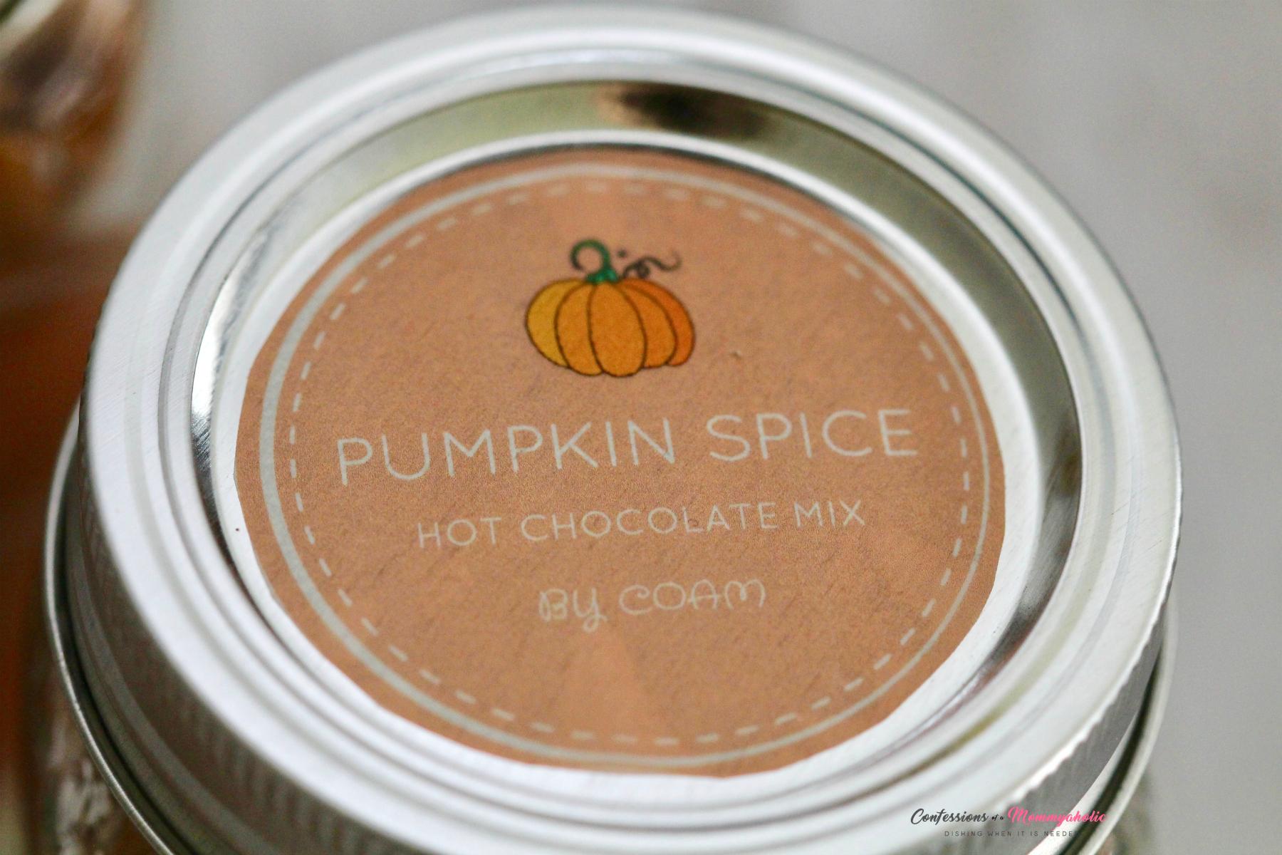 Pumpkin Spice Hot Chocolate Mix Top Label on Mason Jar