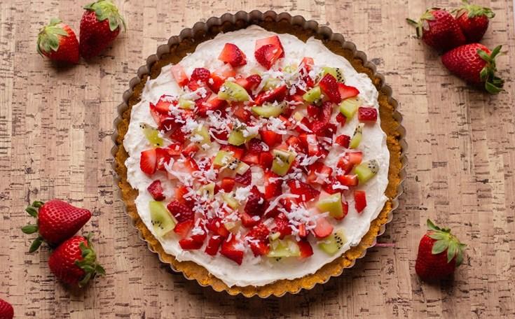 Perfect Dessert Fruit Pizza Recipe Horizontal 3
