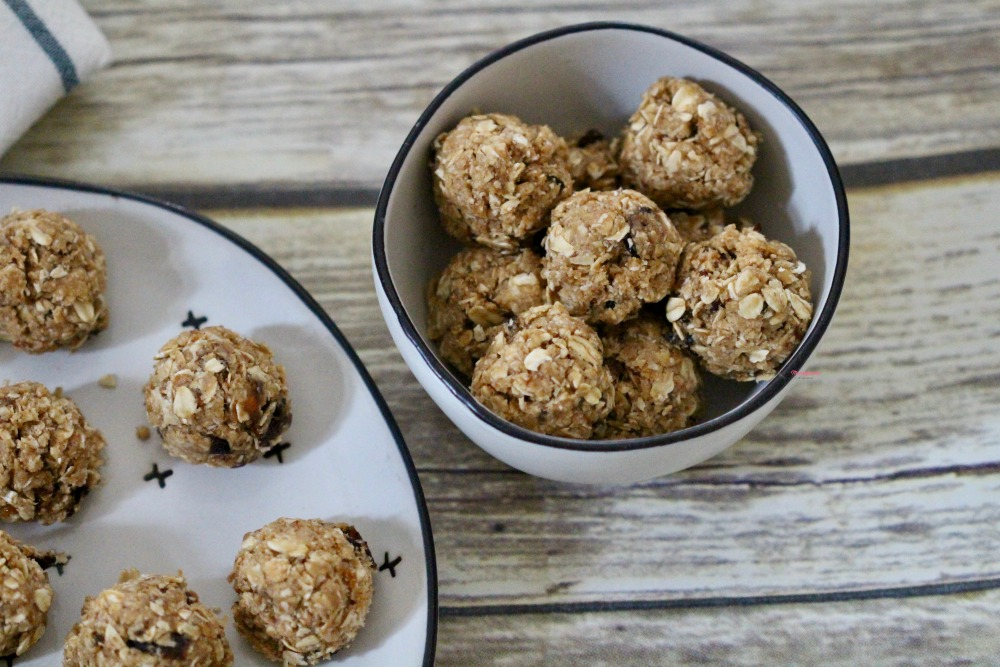 No Bake Oatmeal Cookie Balls Horizontal 3
