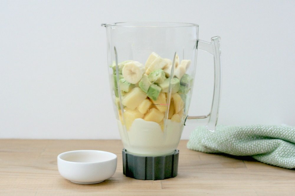 Pineapple Avocado Smoothie Recipe Process 1