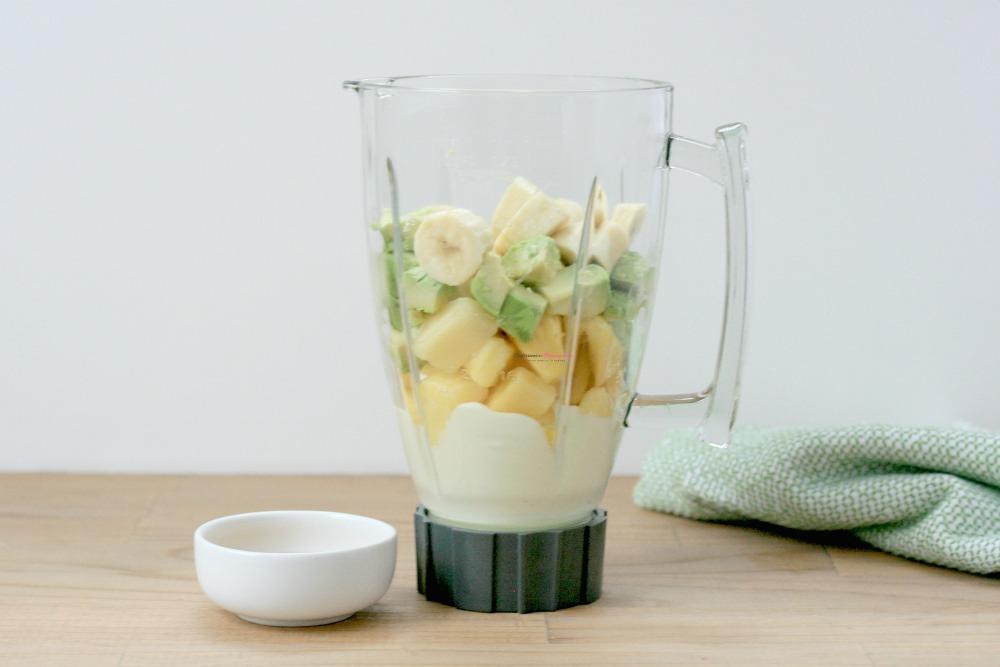 Pineapple Avocado Smoothie Recipe Process 1