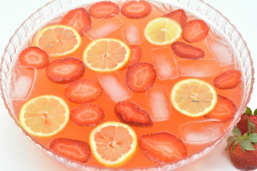 Strawberry Moscato Punch Horizontal 10
