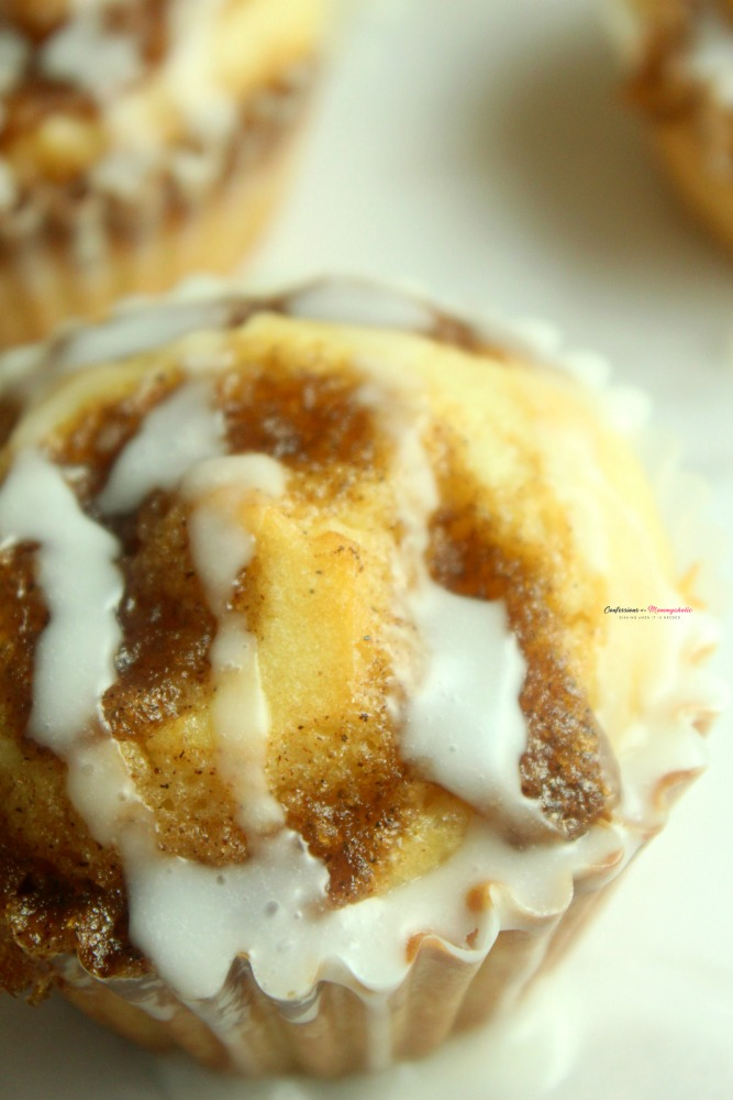 Cinnamon Roll Muffins Recipe Vertical 8