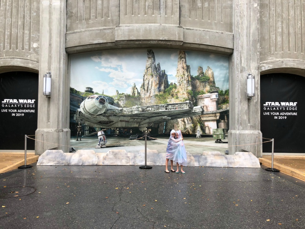 Star Wars Galaxy Edge Coming To Hollywood Studios in 2019
