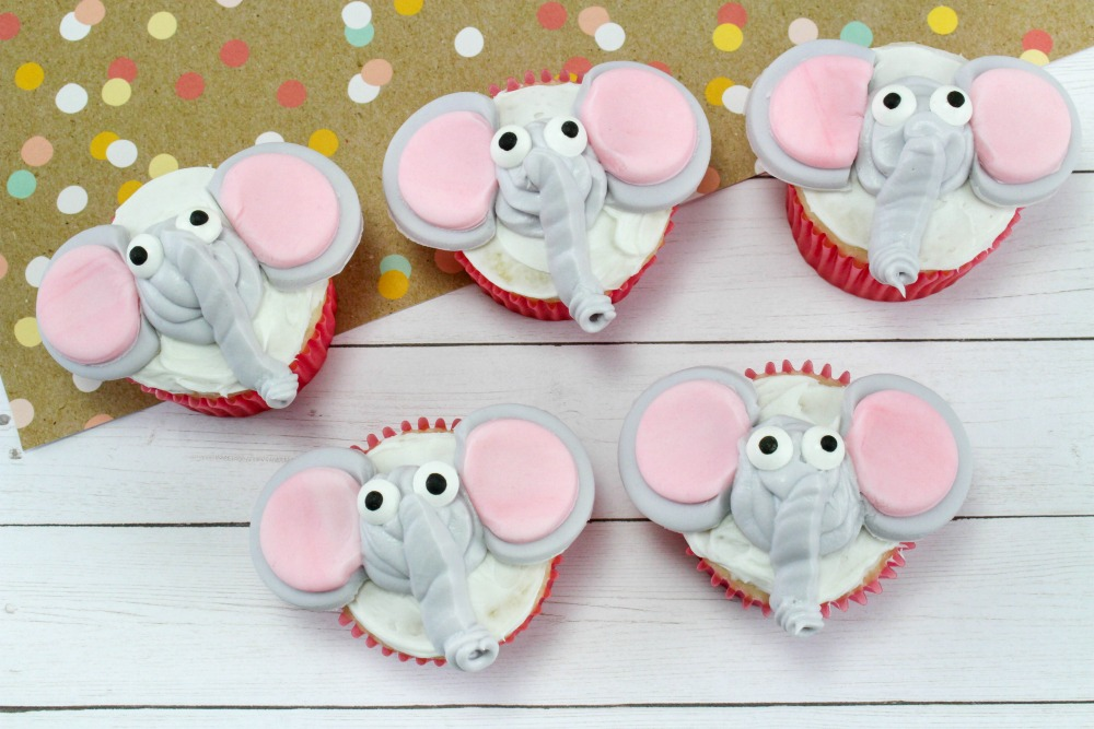 Disney Inspired Dumbo Cupcakes Final 1