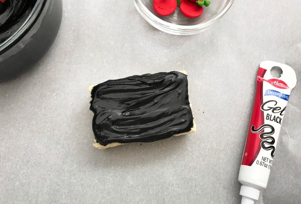 Chalkboard Rice Krispie Treats Step 2