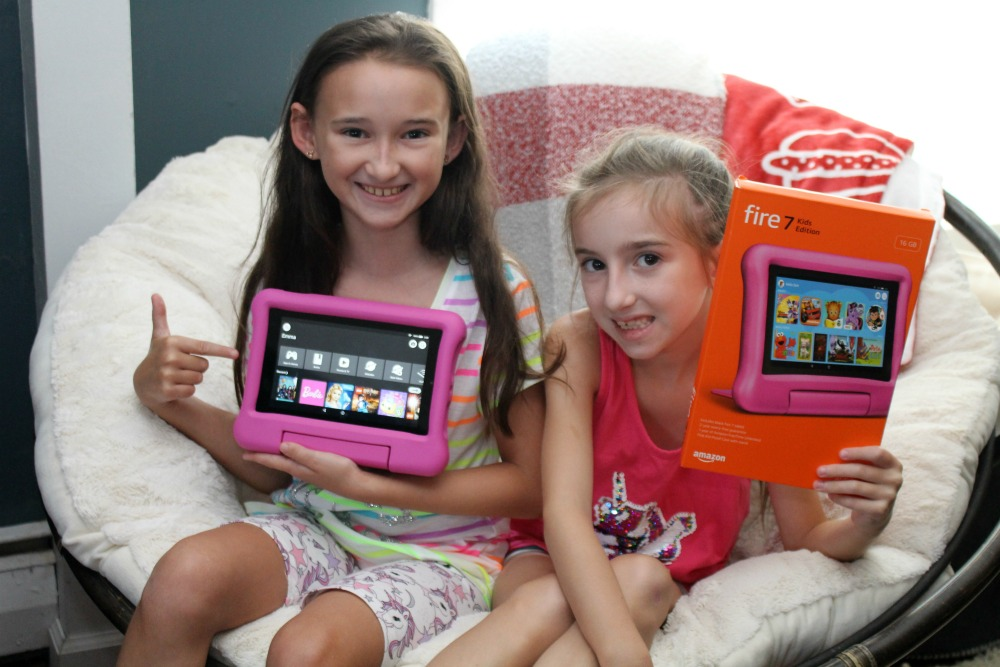 Girls with the Kids Kindle Fire