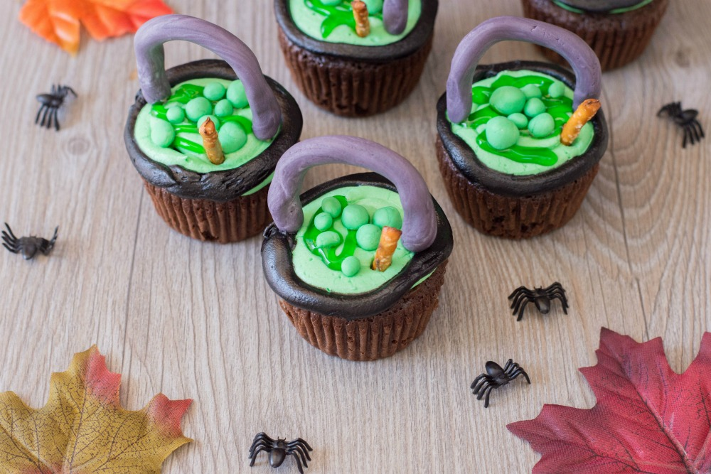 Witch Cauldron Cupcakes 1
