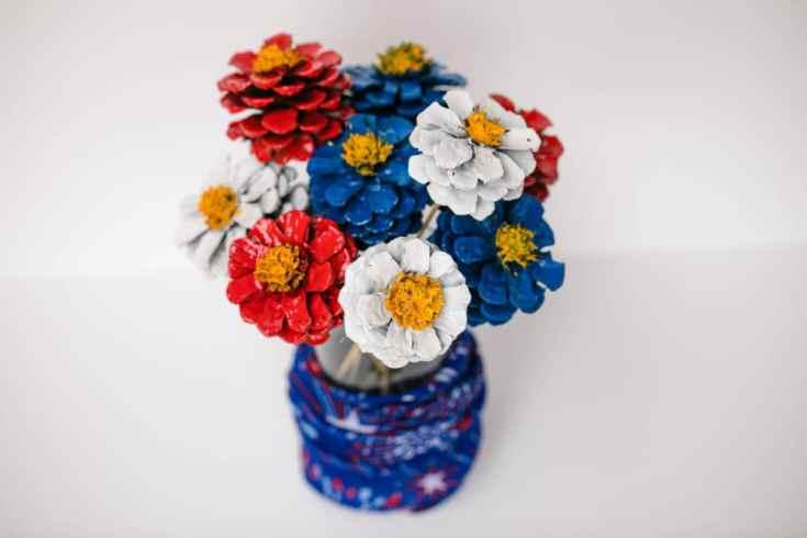 Patriotic Pinecone Floral, This Mom's Confessions