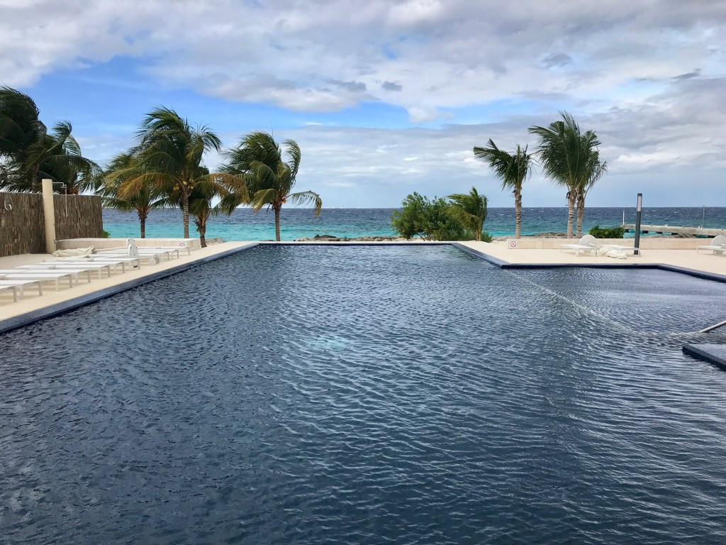 The Westin Cozumel swimming pool
