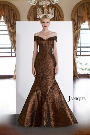 Metallic mermaid dress in bronze. MOB dress with train by Janique in brown. Off shoulder with strap sleeve gown in bronze.