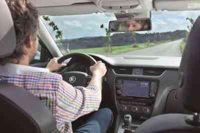 10 przykazań kierowcy na wiosnę od Grupy JANISZ