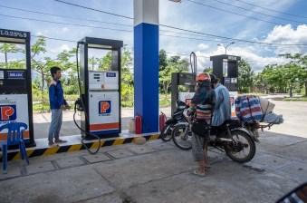 Motorcycling vietnam