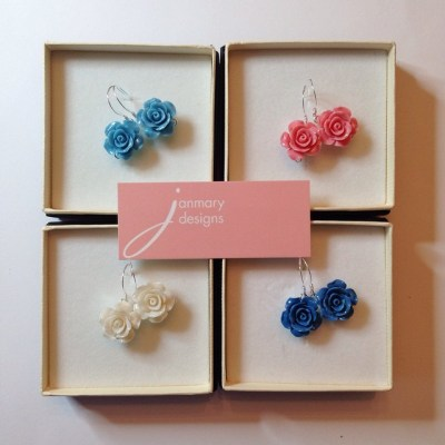 Vintage style flower earrings for Janmary Designs