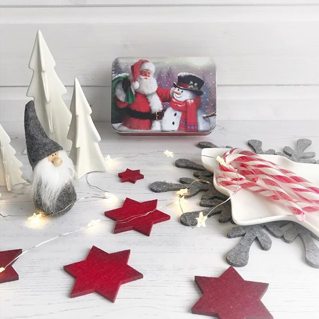 Christmas trees and candy canes, Santas and stars....... let the decorating commence!
