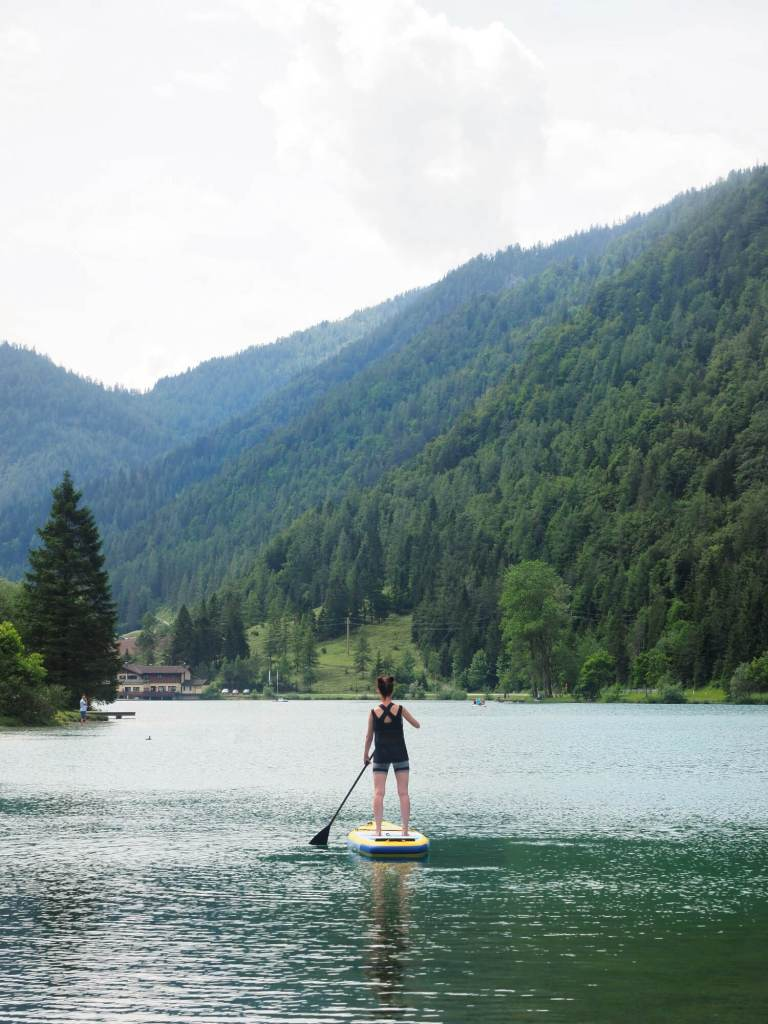 Stand up paddling Pillersee