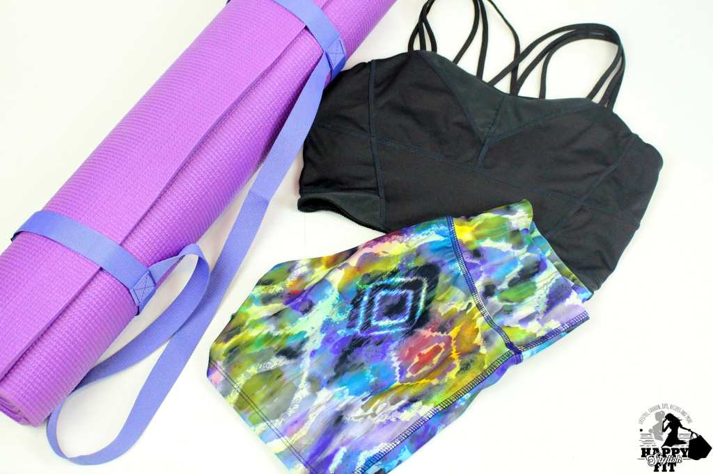 Click to find out what to expect from your first hot yoga class: What to wear to hot yoga, what to bring to class, and what it's like during class.
