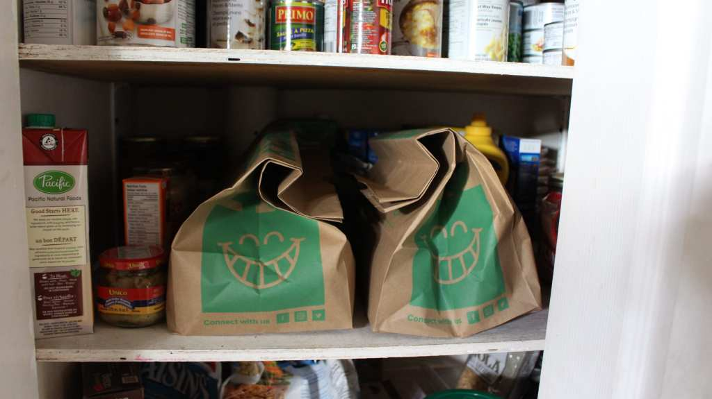 7 Tips to avoid food waste with a bit of planning and proper food storage.
