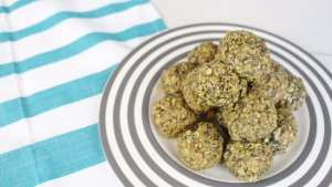 These booby bites are the energy bites you need for lactation boosting for breastfeeding.