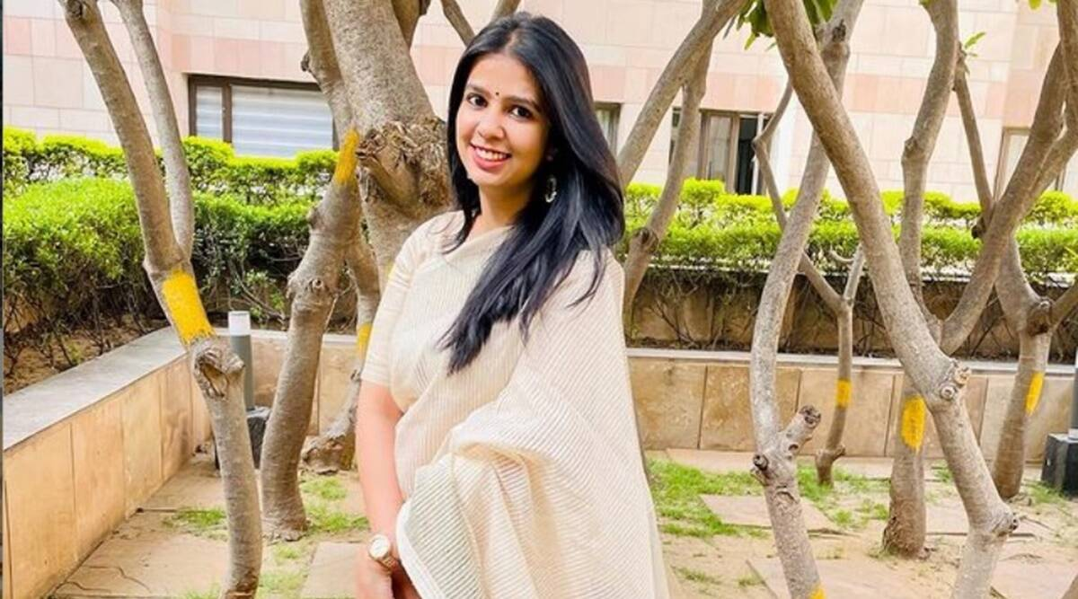 UPSC: Anisha Tomar cleared UPSC exam in her third attempt with 94th rank.  Read her important suggestions for preparation