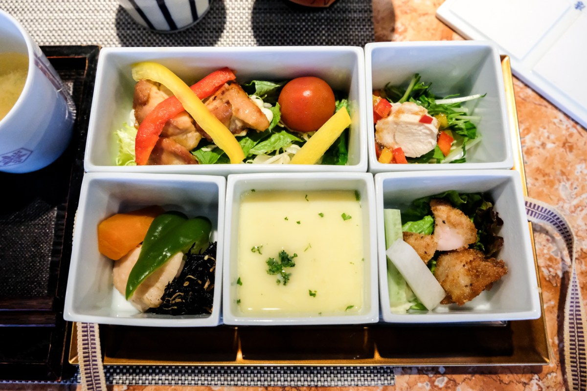 6 things to do in Northern Kyushu, Japan - Eat an Arita-Yaki Gozen meal
