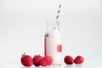 How to Make Fresh Strawberry Milk Recipe