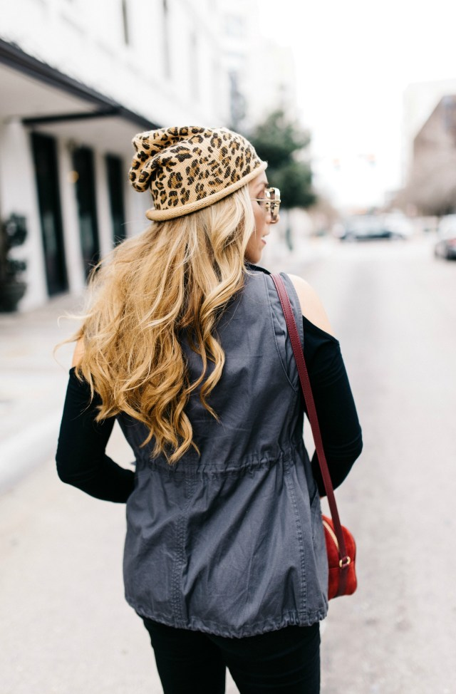 how to style a leopard beanie