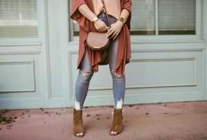 How to style grey denim for Fall