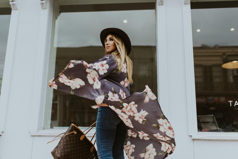 Buddy love floral kimono