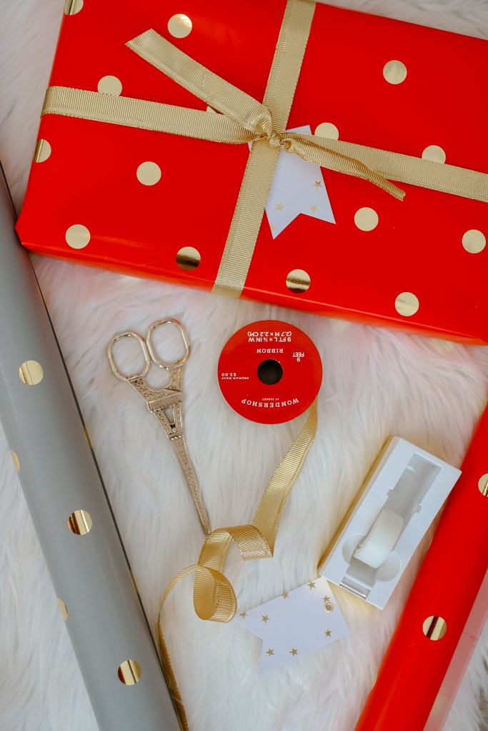 red wrapped gift 1