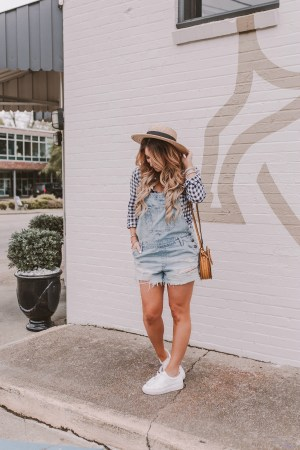 how to style shortalls