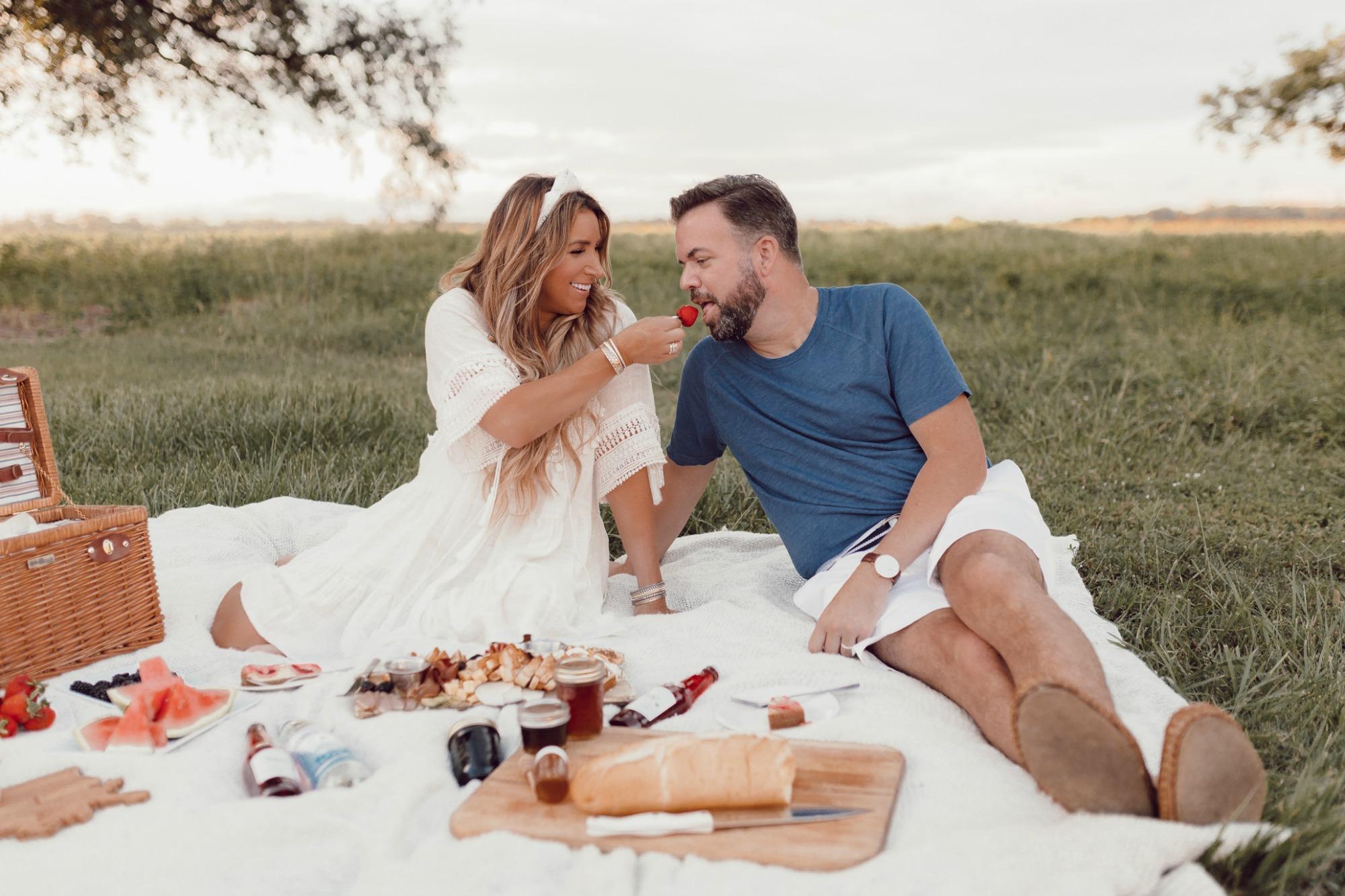 Romantic picnic Ideas on JanuaryHart.com