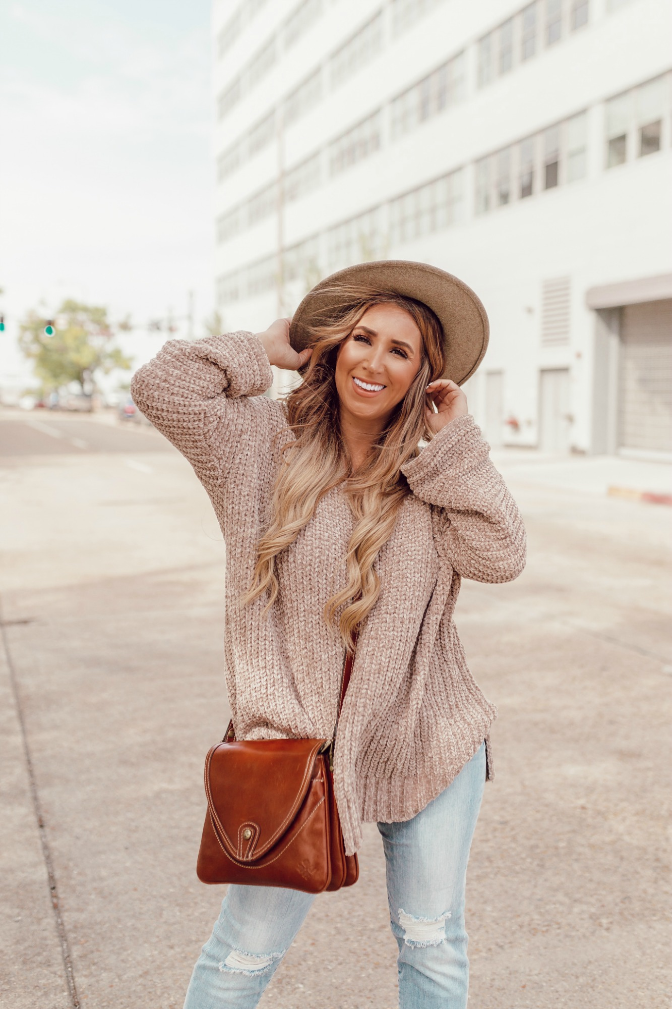 Fall outfit ideas for women on JanuaryHart.com