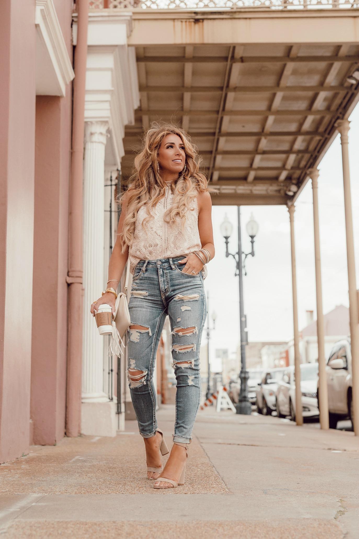 light distressed denim jeans for spring