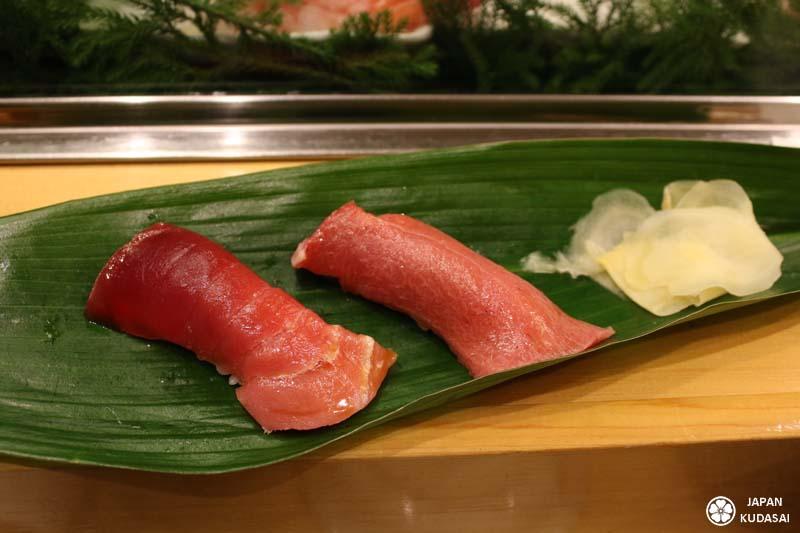 Sushi de thon àrouge à Tsukiji.