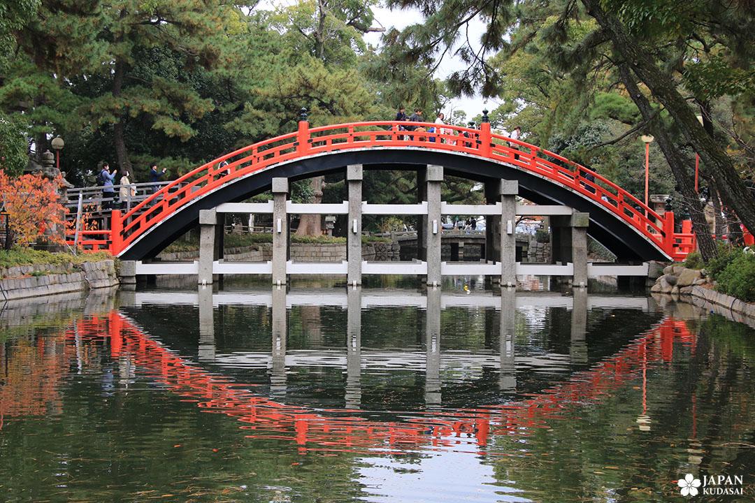 pont taikobashi au sanctuaire sumiyoshi taisha à Osaka, Kansai