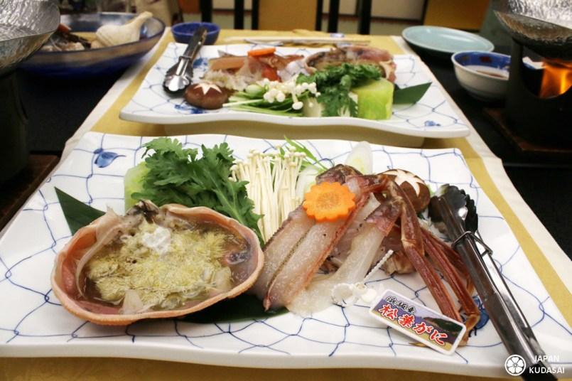 Le crabe matsuba est une spécialité culinaire d'hiver à manger dans la région de kinosaki lors d'un voyage au Japon. Il est délicieux en shabu shabu et en kani miso.