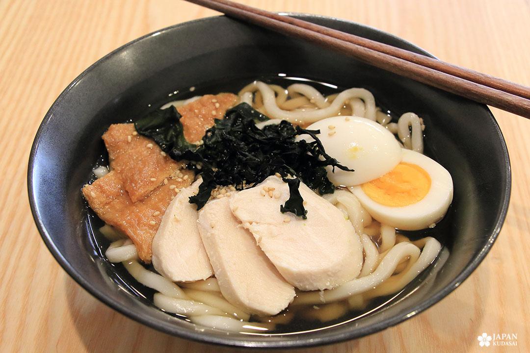 udon royal tofu poulet oeuf wakame dashi