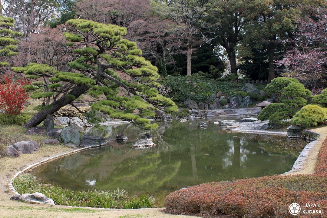 Les jardins est du palais imp rial de tokyo japan kudasai for Le jardin imperial marines de cogolin