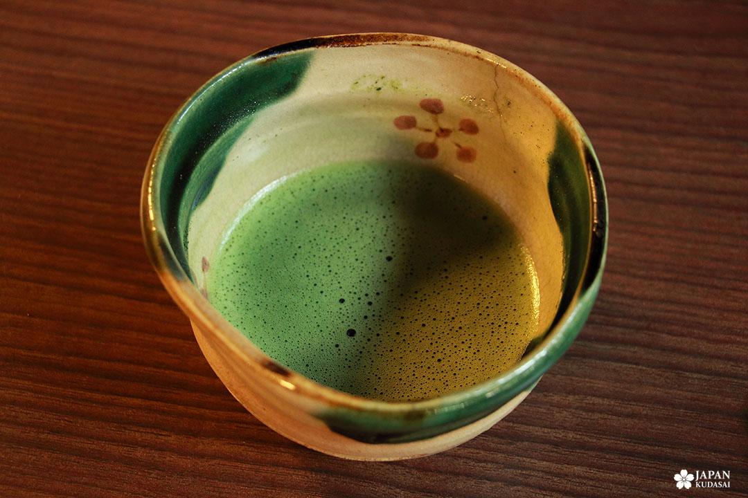 boire un matcha à kanazawa