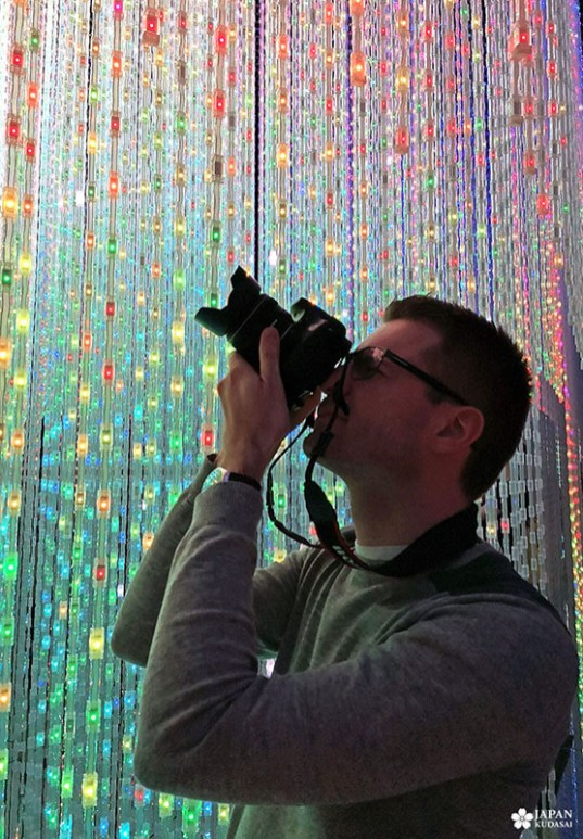 selfie au musée teamlab avec les LED