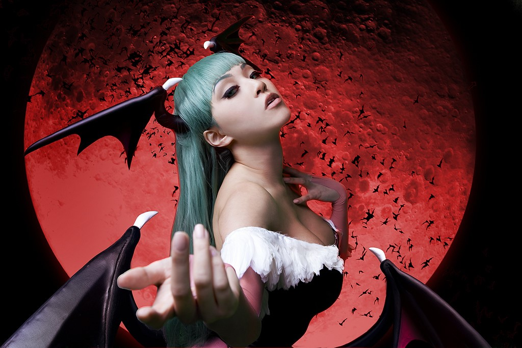 Cosplayer Of The Month April 2016: Vampy Bit Me!
