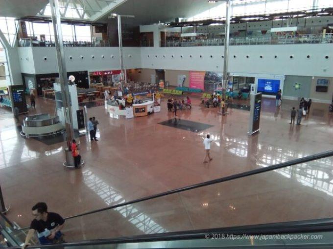 ブルネイ空港到着ロビー