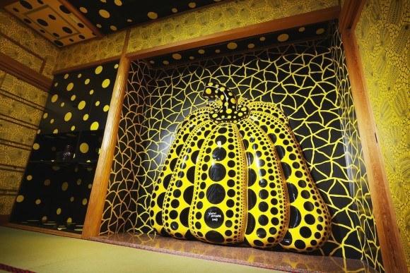 yayoi kusama dogo onsen art hotel
