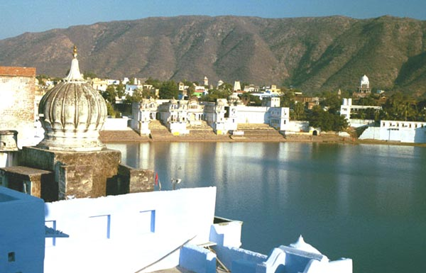 pushkar-lake
