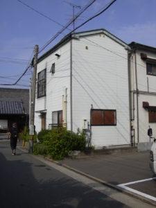 Les maisons modernes sont souvent des blocs fermés à l'extérieur