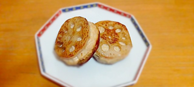 racine de lotus à la viande レンコンのはさみ焼き