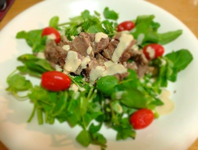 Salade au bœuf