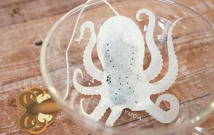 怎麼會做這個啦!日本推莫名療癒「青蛙茶包」 泡入熱水「活起來」更逼真 - 日本風向球