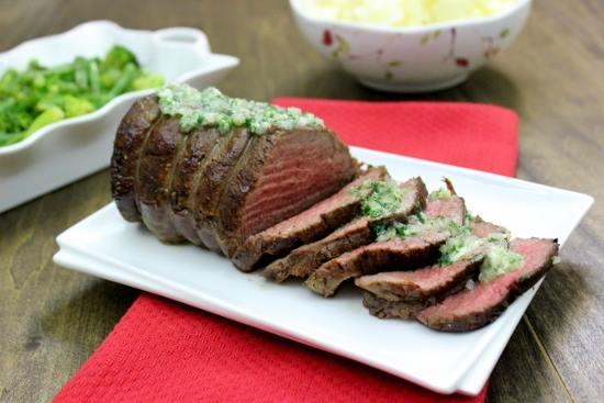 روستو اللحم بالثوم والأعشاب